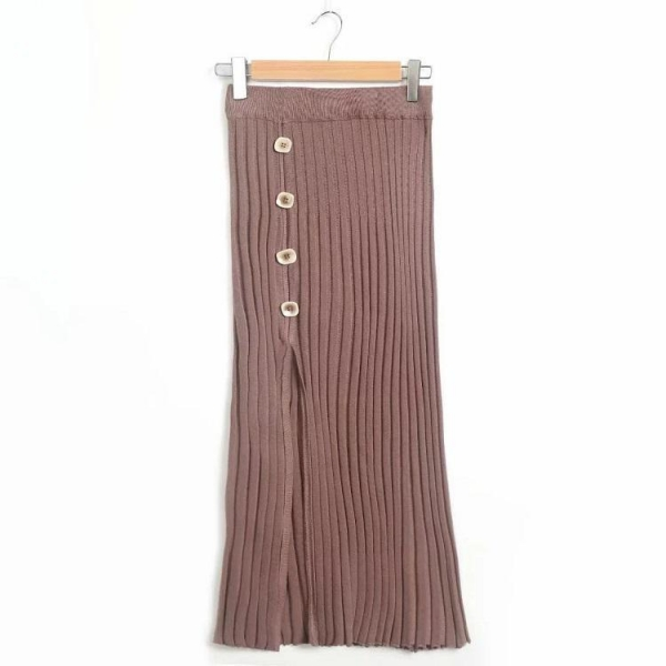 China 2019 new arrival winter over knee knitted button office lady half skirt
