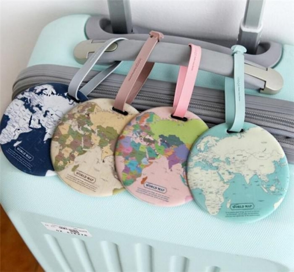 China New Design Wholesale Round World Map Printed Plastic Pvc Luggage Tag