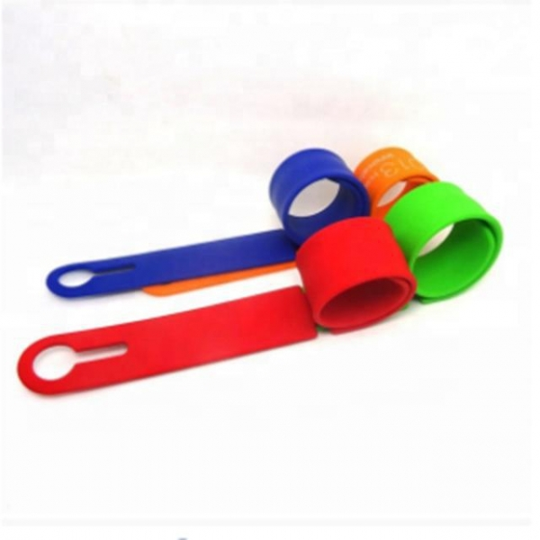 China Wholesale Silicone Luggage Tag Travel Accessories Custom Silicone Luggage Tag