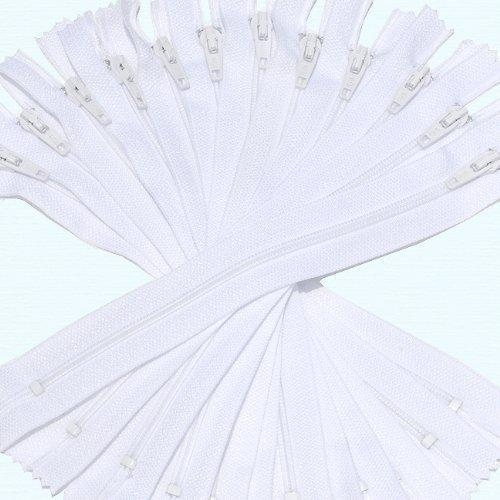 """Buy Nylon Coil Zippers, #7 white color 7"""" at wholesale prices"""