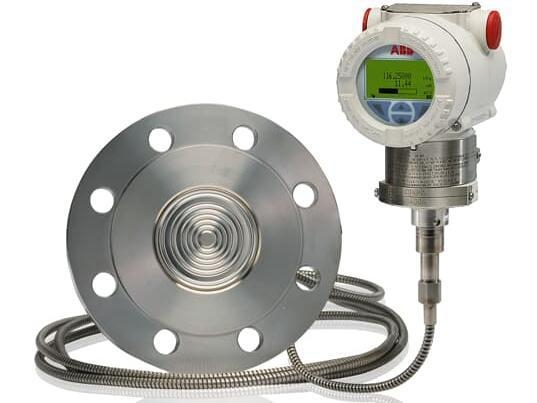 China ABB 266ART Absolute pressure transmitter with remote diaphragm seal.