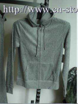China HYG1014-2 20000 sets Juicy couture style crest velour hoodie